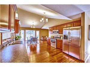 The too shiny kitchen for Hardwood floors too shiny